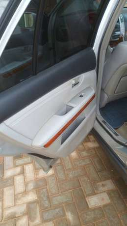 Lexus RX 330 price dropped to sell fast. Oshimili North - image 7