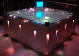 Quality Jacuzzis For Sale ranging from 4 seater,to 12 seater for sale