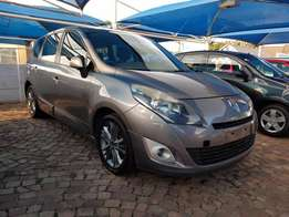2009 Renault grand scenic 1.9 dci Dynamique,7 seater,keyless go,Excell