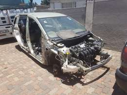 Mazda 5 2.0 Original 2007 to Strip for Spares from R1