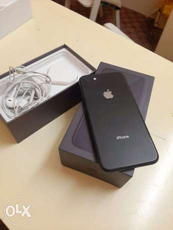 iPhone 8 64gb with box and all accessories 99%battery health