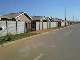 new gap full houses in windmill park close to vosloorus no deposit