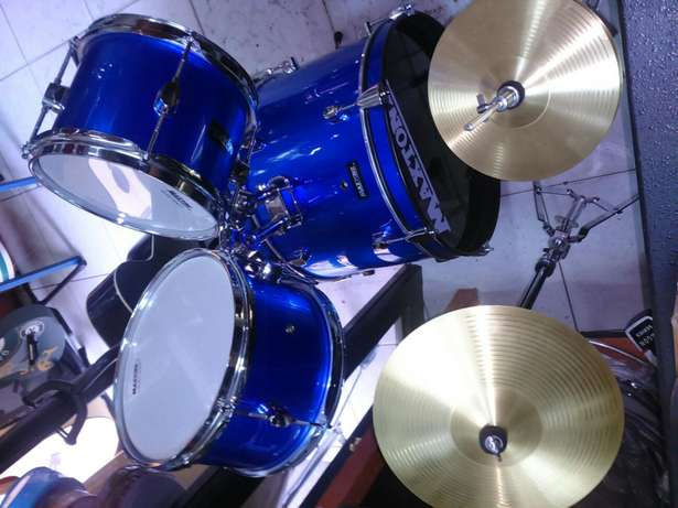 Junior drum set 38k Parklands - image 1