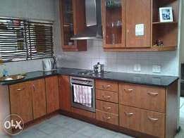 Room to rent inside house, ideal for single person or student.