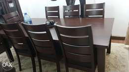 8 Seater fine dinning table set