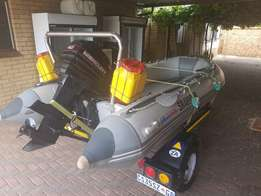 Bass boat for sale 4.2 m inflatable with 40 hp Mercury outboard