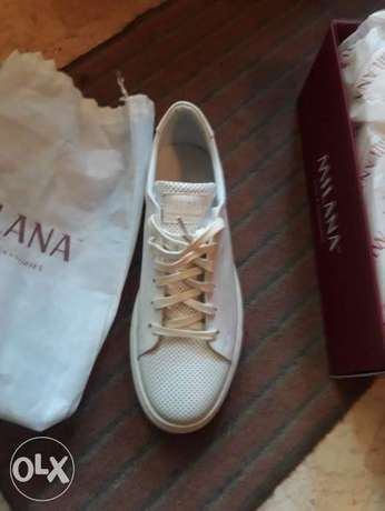 sport shoes brand new imported from italy size 43