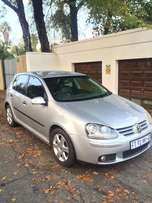 Very Clean Volkswagen Golf 5 Silver 2007 TDI Only R68,000 Negs