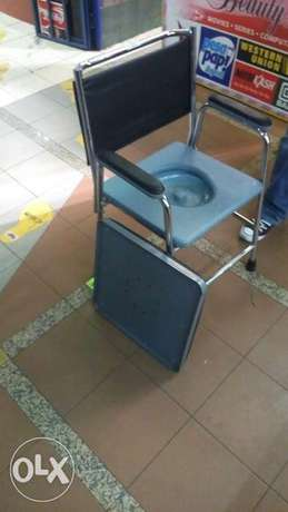 Brand new commode chair Nairobi CBD - image 4