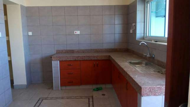 LOVELY 3 bedroom APARTMENT with Master bedrooms and parking space Nyali - image 2