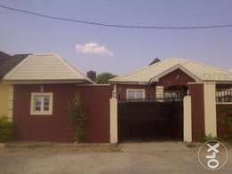 Beautifully 3 bedroom apartment in a conducive environment up for SALE