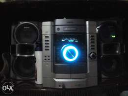 Music System Sony 3 Disk Changer
