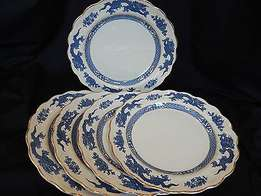 Blue Dragon dinner set