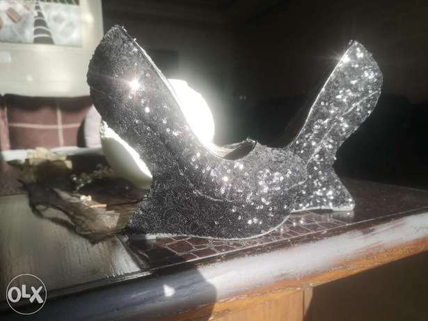 CURVE heels for sale