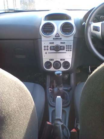 Opel Corsa 1.4 manual Vereeniging - image 5
