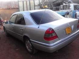Well maintained Mercedes Benz C200