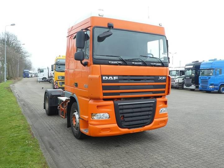DAF XF 105.410 spacecab manual - 2008