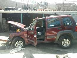 Jeep Cherokee Sport 4x4 2.8 2005 Model Breaking up Spares & Parts