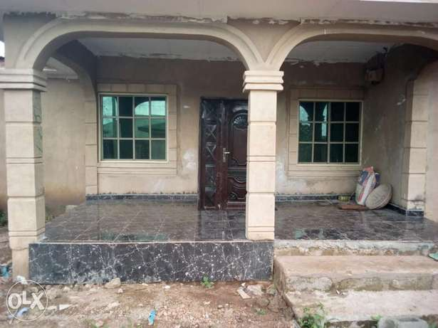 Newly built 3 bedroom house for urgent sale. Ijebu Ode - image 3