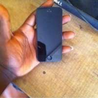 iphone5 in excellent condition