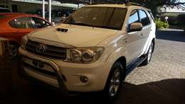 Toyota Fortuner 3.0 D4D Raised Body Auto 4x2