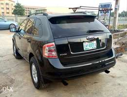 A 5month used 2008 FORD EDGE JEEP for sales