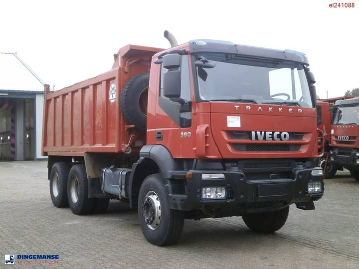 Iveco AD380T38 6x4 tipper - 2011 - image 2