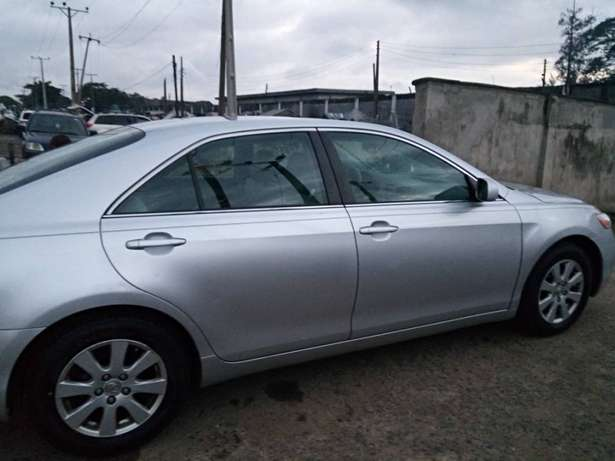 Very clean toyota camry Ojodu - image 3