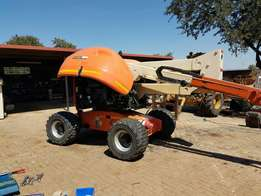 Cherry picker good working condition