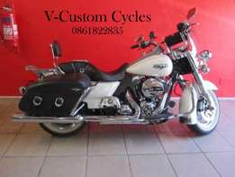 Stunning 2014 Roadking Classic Price Has Been Reduced by R25 000.00!