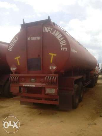 Mack Tanker 45000Litres Capacity. Working good Abuja - image 1