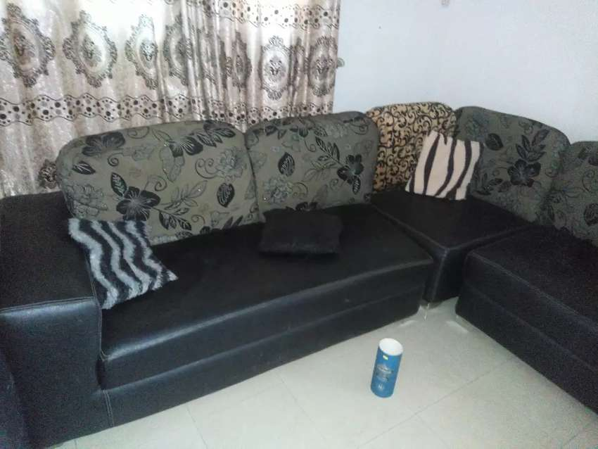 Very beautiful sitting room chairs - Furniture - 1050445798 | OLX