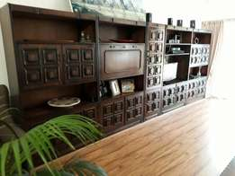 Large five wooden wall cabinets for sale. All five for only R2500.