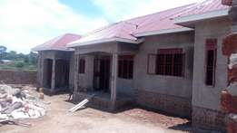 3units rentals on quick sale in Kira on 60*100fts earns 1.4m at 200m
