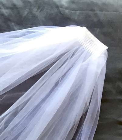 Wedding Veil, Never Used Flamwood - image 3