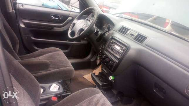 Honda CRV 2001 for sale at an affordable price Lagos Mainland - image 3