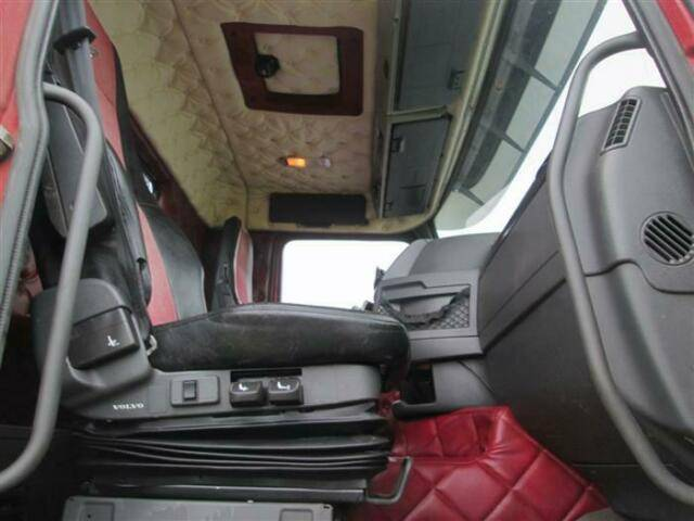 Volvo FH460 8X2 WITH HIAB CABLE + HIAB 077 B 2 CL EURO - 2013 - image 11
