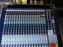 Soundcraft GB2 16 in flightcase and Lexicon MX200 FX Unit