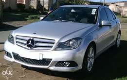 C 200 Mercedes-Benz for sale