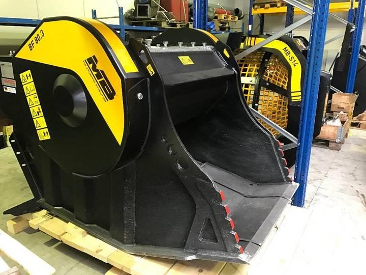 New Drobilniy kovsh crushing bucket