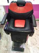 Executive barber seat. Kinyozi