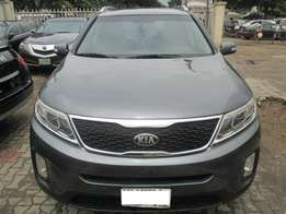 Neatly Used Kia Sorento 014, Registered