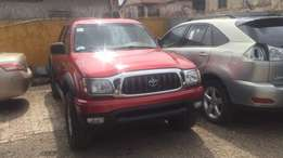 Clean Toks Toyota Tacoma pick up