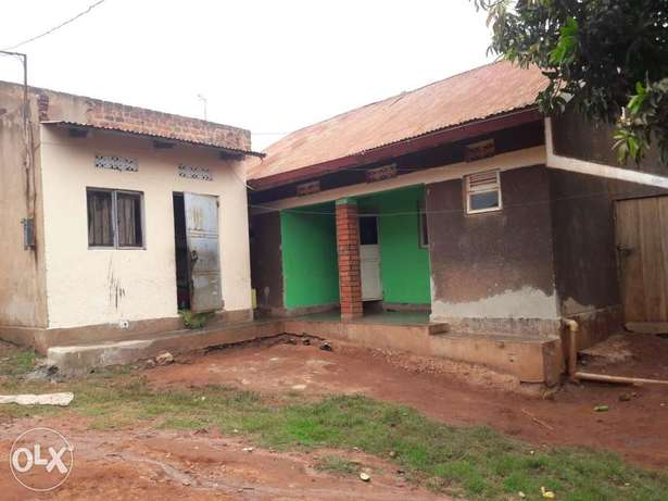 A two bedroomed house on urgent sale at 24m in kireka D near kabaka's Kampala - image 1
