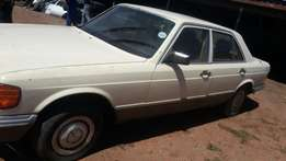 Stripping for Spares. Mercedes-Benz 280SE W126