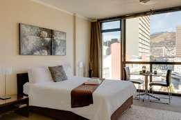 Fully furnished stunning studio in Cape Town centre