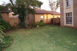 3 bedroom town house in centurion next to gautrain station