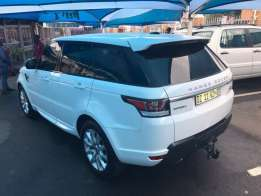 2014 Range Rover Supercharge with 65000km and full motorplan till 2019