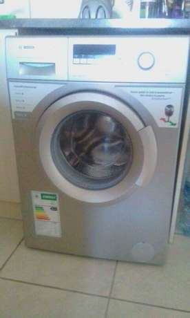 "Washing Machine ""Bosch"" (Front Loader - Automatic) Sonkring - image 1"