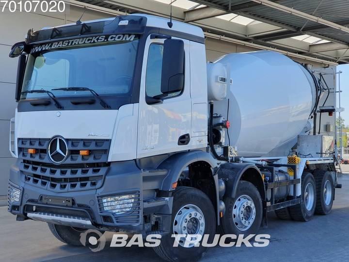 Mercedes-Benz Arocs 3240 B 8X4 9m3 Liebherr German-Truck Euro 6 - 2017